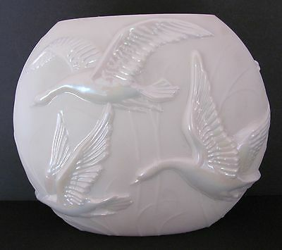 Phoenix Vase Sculptured Art Ware Flying Geese Pillow Pearlized Finish Vintage