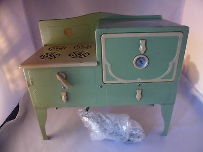 Vintage  Little Lady Play Green Oven