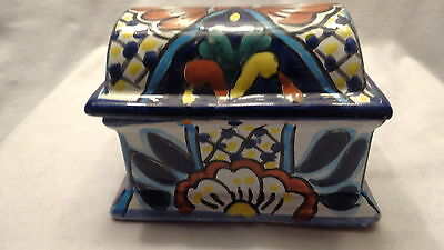 """VTG. DOMED LID ABSTRACT MEXICAN POTTERY TRINKET BOX 5 1/8"""" X 3 5/8"""" X 3 1/2"""" H"""
