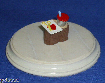 Hallmark Valentine Merry Miniature Tree Stump and Paint Can 1993 Gold Seal