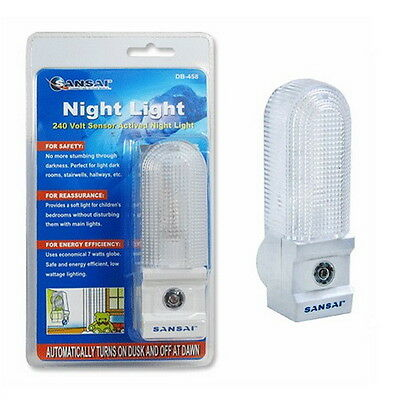 7W Globe Night Light With Sensor Activated On/Off Auto By Sansai