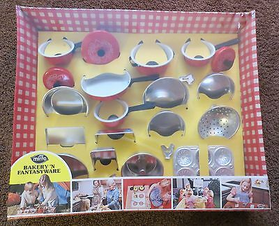 """Vintage """"My Mirro Bakery 'n Fantasyware"""" Childs Cooking Set MIP;  T-0265 No Resv"""