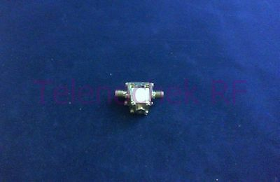 RF microwave single junction isolator 11.1 GHz - 18.3 GHz /  10 Watt / data