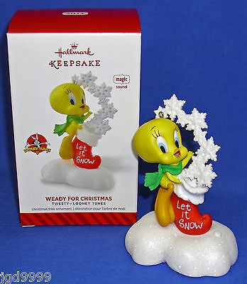 Hallmark Ornament Looney Tunes Weady for Christmas 2014 Tweety Snowflakes Sound