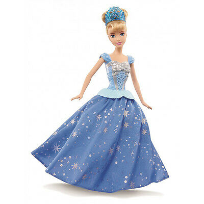 Disney Princess Twirling Skirt Cinderella Doll NEW