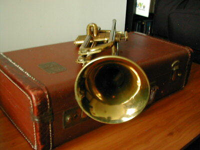 SOUNDS GREAT VINTAGE MARTIN INDIANA TRUMPET & CASE $AVE OVER COMMITTEE MODEL NOW