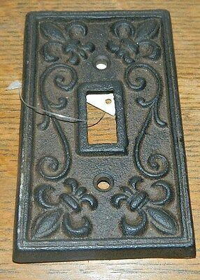 Rustic Cast Iron French Fleur De Lis Electric Light Switch Plate Cover Single