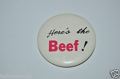 """RARE Vintage 1980's Funny """"Here's The Beef!"""" Wendy's Gag Gift Button Pin Joke"""