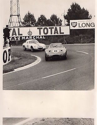 Photo Originale - Circuit Course Automobile- Photo La Nouvelle République -
