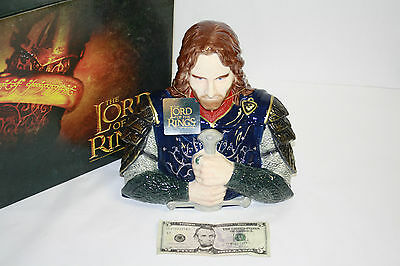 The Lord of the Rings Cookie Jar featuring Aragorn NIB