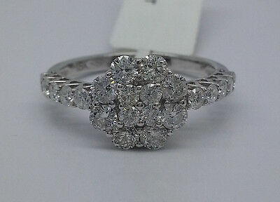 18K White Gold Ladies Ring With 1.20CT Round Diamonds In Beautiful Flower Design