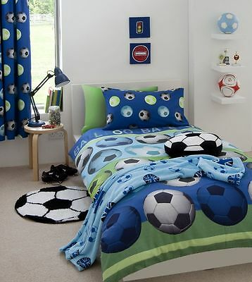 Catherine Lansfield Kids Football Bedding  Quilt/ Duvet Cover Set in Red / Blue