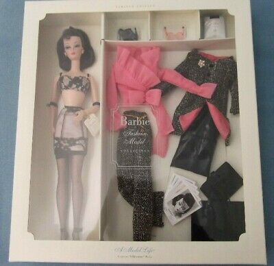 Barbie Fashion Model Collection Model Life Giftset