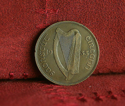 Penny Ireland 1933 Bronze World Coin Irish Harp Hen with Chicks Eire pence Nice