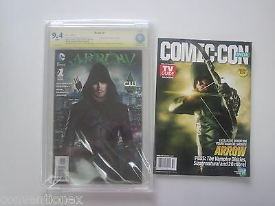 SDCC Wizard World CBCS CGC 9.4 Arrow #1 Comic Signed Stephen Amell TV Guide Set