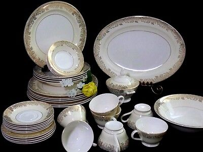 Dinner Set 36 Pieces Edwin m.knowles China Co. Made in U.S.A 43-4