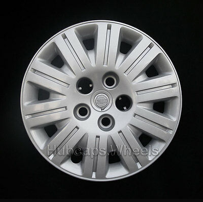 Chrysler Town and Country 2005-2007 Hubcap - Genuine OEM 8020 Wheel Cover