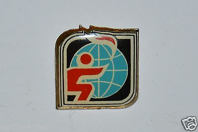 WOW Vintage Olympics Globe Torch Flame Pin Rare