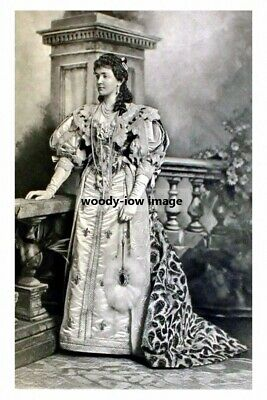 mm975 - Duchess of Connaught as Anne of Austria - photo 6x4