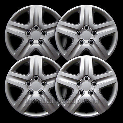 "Universal Silver 17"" Hubcap - All Years - Set of 4 - 83021-17s"