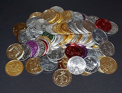 LOT OF 200 VINTAGE NEW ORLEANS MARDI GRAS DOUBLOONS - FREE SHIPPING