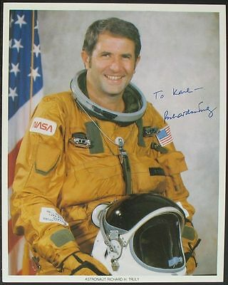 s963) Richard Truly STS 2 + STS 8  NASA Photo Autograph OU Originalunterschrift