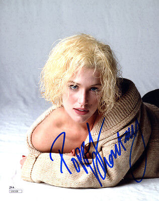 (SSG) POPPY MONTGOMERY Signed 8X10 Color Photo with a JSA (James Spence) COA