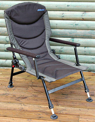 Bison Delux Carp Chair Adjustable Legs, Back Recliner, & Arms