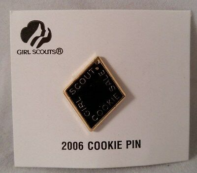 Girl Scout Cookie Activity Sale Girl Cookies Pin Black 2006 New on Card