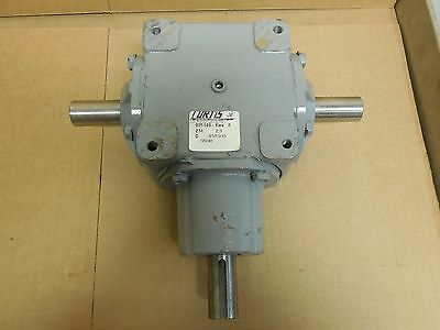 "Curtis 3 Way Gearbox Speed Reducer 925149-Rev 6 Ratio 2:1 1"" Shaft Dual Output"