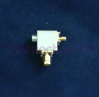 RF microwave single junction isolator 3900 MHz - 8900 MHz /  25 Watt / data