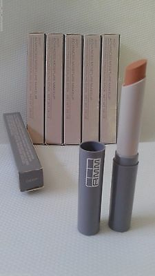 LOT OF 3 Avon Advanced Moisture Makeup Perfecting Concealing Stick-DEEP
