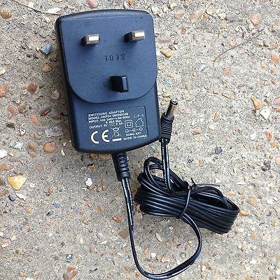 Switching Power Supply AC Adapter HKP24-0902600dB Input 100-240V Output 9V NEW