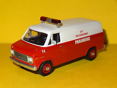 1977 Chevy G20 Paramedic Fire Dept Van 1/64 Scale Limited Edition Real Rubber
