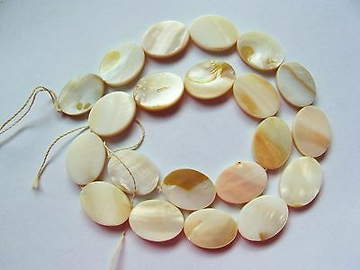 """MOP Mother of pearl shell cream white flat 18mm x 13mm oval beads 16"""""""