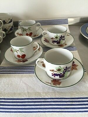 Royal Worcester Evesham Vale Straight Sided Cup And Saucer X 4