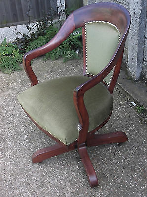 Fine Antique Oak Office Swivel Captain S Chair Very Clean Delivery Available