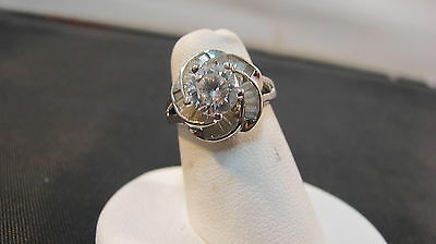 Amazing 925 Sterling Silver 2 Ct White Stone Flower Ring
