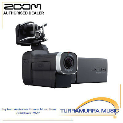 Zoom Q8 Handy HD Video Recorder with 4 Track Audio Rec