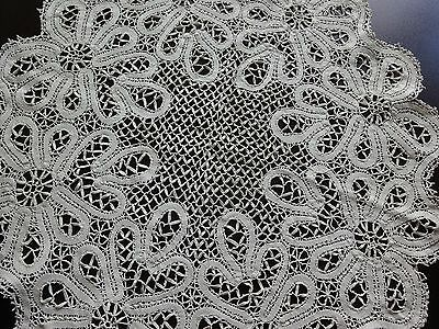 Stunning Vintage Handmade Cotton Crochet Brussels Lace Ivory Round Tablecloth