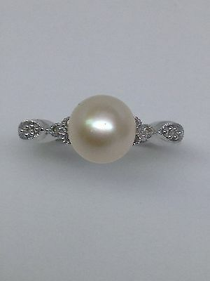 NEW 14K White Gold 7mm Cultured Pearl Ring with Bezel Set Diamond Accents Size 7