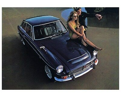 1969 MGC GT USA Automobile Photo Poster zca2742
