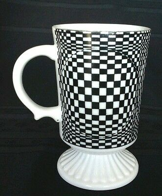 Op Art Psychedelic Porcelain Footed Black White Mug Japan 1970's   D1