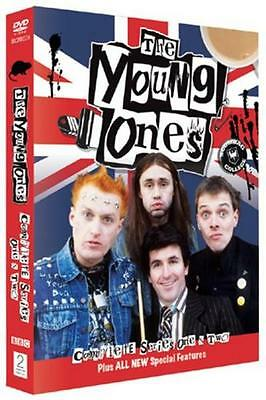 The Young Ones: The Complete Series 1 and 2 [DVD]
