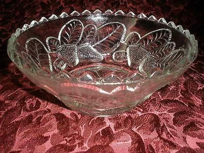 Lovely Glass Patterned Sweets /salad Bowl