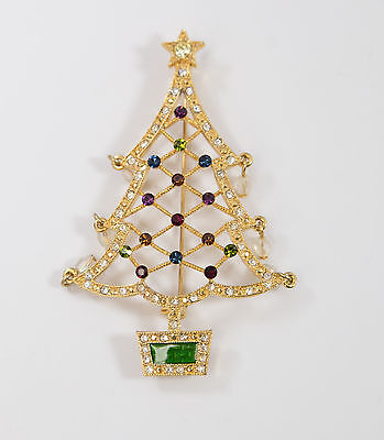 Collectible Avon 2005 Second Annual Christmas Pin