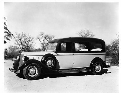 1935 Lincoln Cunningham Ambulance Photo Poster zua3761-AARAQP