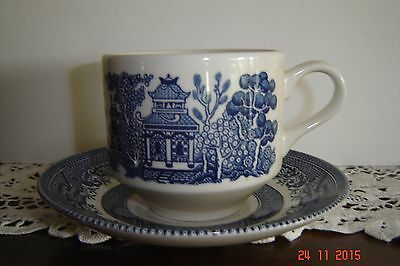 Vintage Blue Willow Cups With Saucers Lot Of 6 Perfect Condition By Churchill