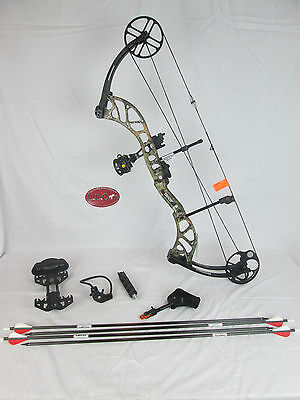 """Bear Wild Compound Bow Right Hand 60-70# Xtra Camo Ready to hunt package 24-31"""""""