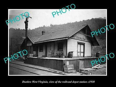 OLD LARGE HISTORIC PHOTO OF DUNLOW WEST VIRGINIA, THE RAILROAD STATION c1930